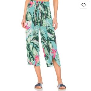 Show Me Your MuMu Pants - Show me your mumu limbo cropped pants kauai hugs